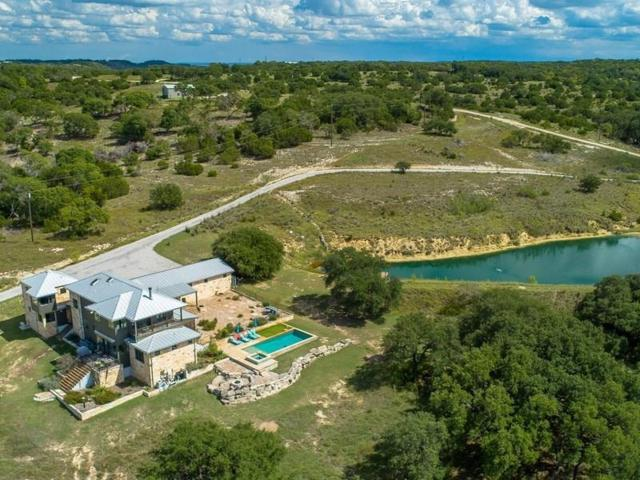 1529 Sanctuary Lane, Blanco, TX 78606 (MLS #77572199) :: Texas Home Shop Realty