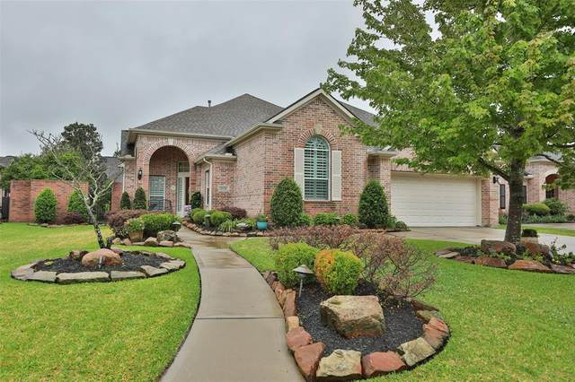 10138 Cairn Meadows Drive, Spring, TX 77379 (MLS #77640261) :: The Parodi Team at Realty Associates