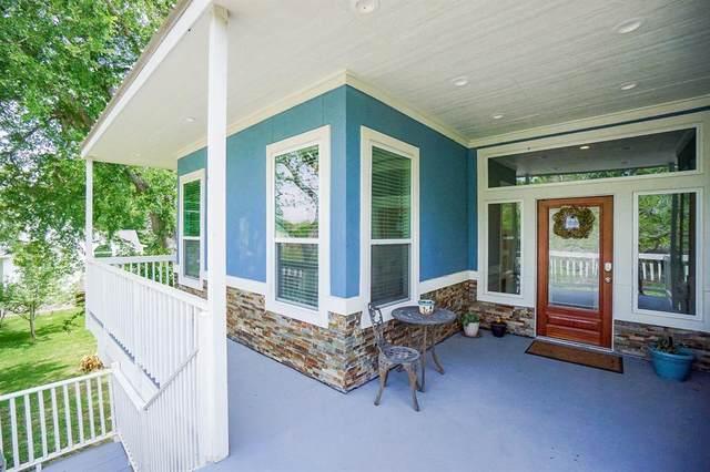 36711 Indian Road, Simonton, TX 77485 (MLS #77656975) :: Caskey Realty