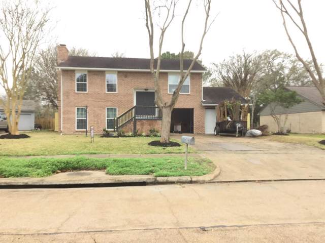 456 E Castle Harbour Drive, Friendswood, TX 77546 (MLS #77730828) :: The SOLD by George Team