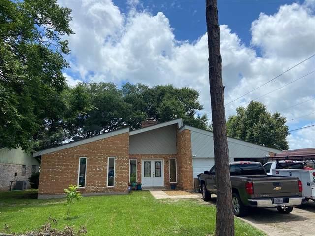 100 Bastrop Street, Angleton, TX 77515 (MLS #7773478) :: Bray Real Estate Group