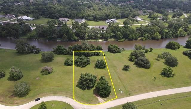 00 Riverlake Road, Fulshear, TX 77441 (MLS #77805770) :: My BCS Home Real Estate Group