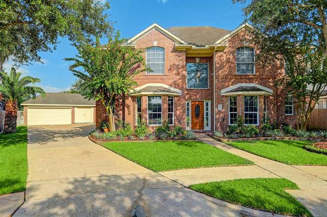 2803 Canyon Drive, Pearland, TX 77584 (MLS #77808444) :: Christy Buck Team