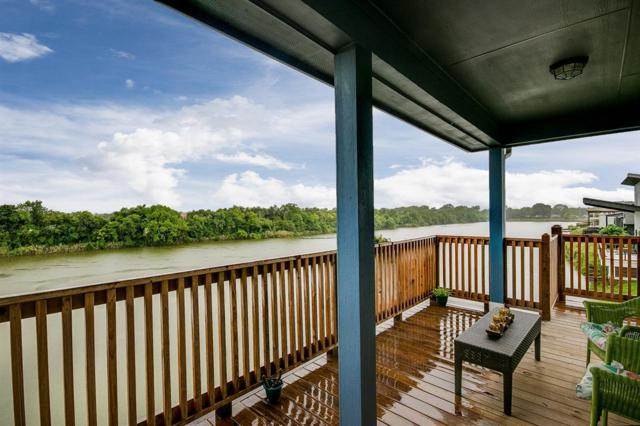 1113 E Meyer Road, Seabrook, TX 77586 (MLS #77920383) :: The SOLD by George Team