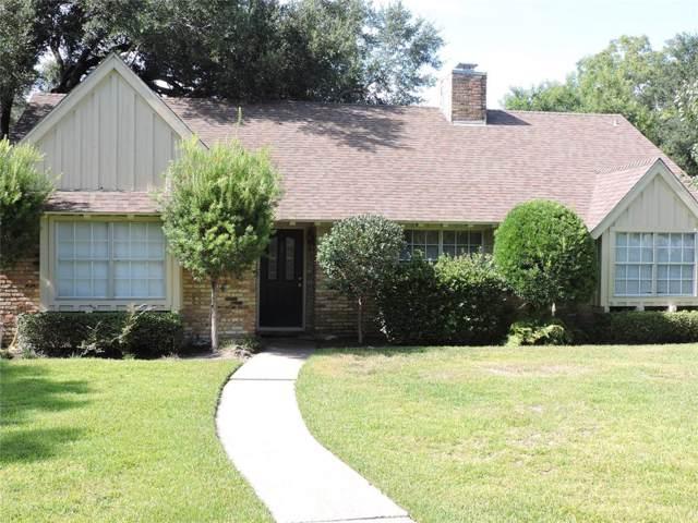 1600 Lark Street, Alvin, TX 77511 (MLS #77927084) :: KJ Realty Group
