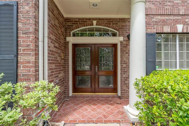 15415 Rocky Oak Court, Houston, TX 77059 (MLS #77986134) :: The SOLD by George Team