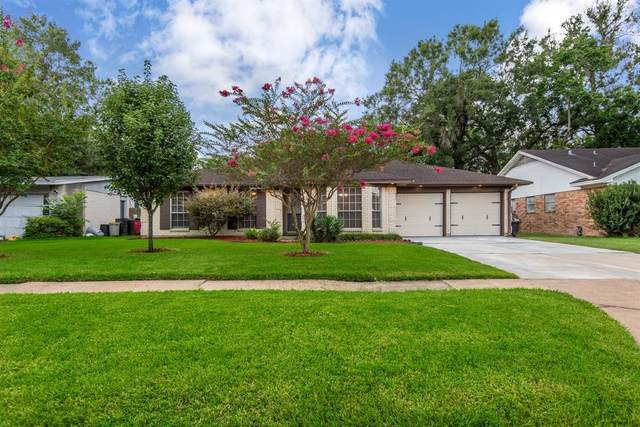 14206 Roundstone Lane, Houston, TX 77015 (MLS #78036916) :: Michele Harmon Team