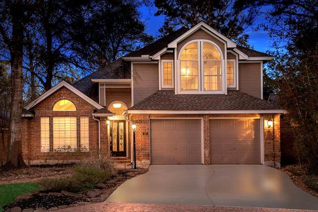 10 Silver Canyon Place, The Woodlands, TX 77381 (MLS #78067898) :: Giorgi Real Estate Group