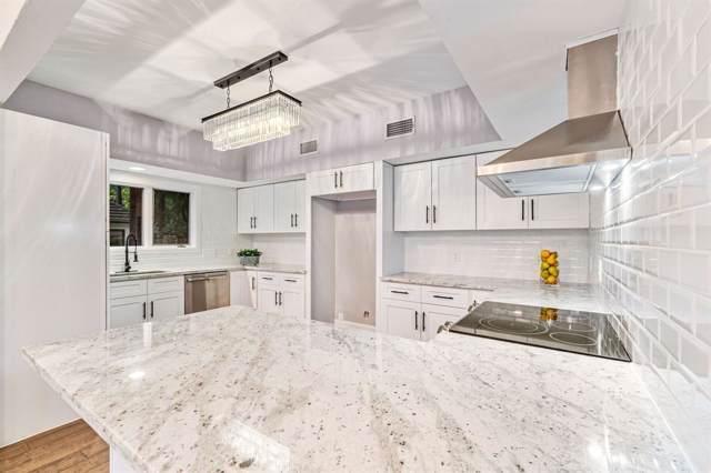 4 Kingwood Villas Court, Houston, TX 77339 (MLS #78257573) :: Giorgi Real Estate Group