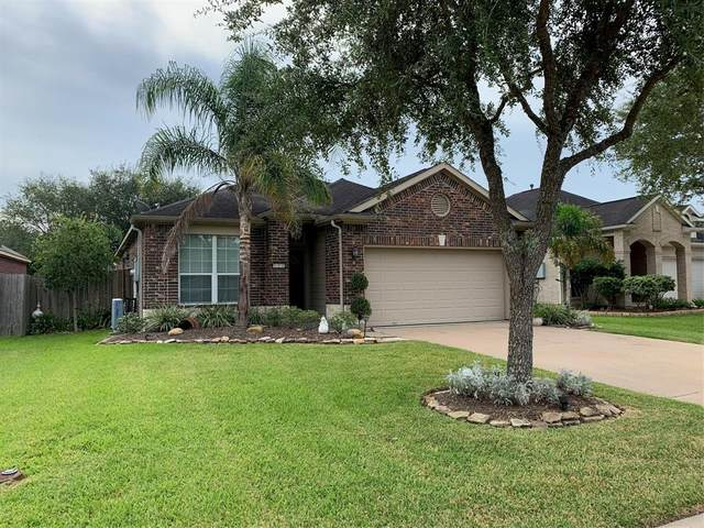 520 Redbridge Lane, League City, TX 77573 (MLS #78271633) :: Ellison Real Estate Team