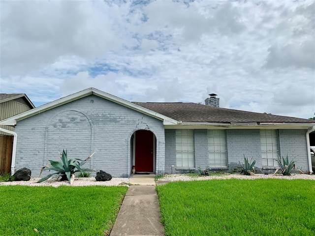 11426 Triola Lane, Houston, TX 77072 (MLS #78317116) :: The SOLD by George Team