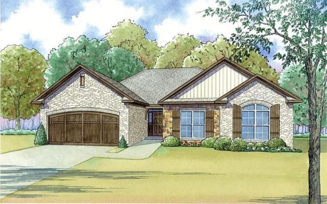 1827 East Lake Dr, Huntsville, TX 77340 (MLS #78369280) :: Christy Buck Team