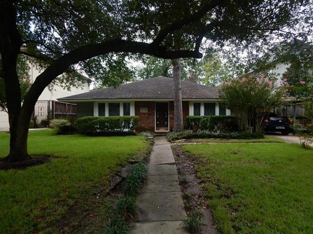 4617 Cedar Oaks Lane, Bellaire, TX 77401 (MLS #78375284) :: Magnolia Realty