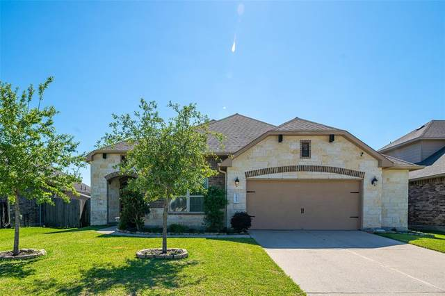 22923 Dale River Road, Tomball, TX 77375 (MLS #78438981) :: The SOLD by George Team