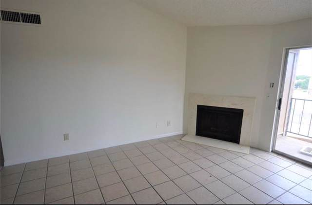 10101 S Gessner Road #405, Houston, TX 77071 (MLS #78678667) :: The Sold By Valdez Team