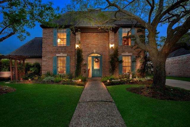 12515 Meadow Lake Drive, Houston, TX 77077 (MLS #78752199) :: The SOLD by George Team