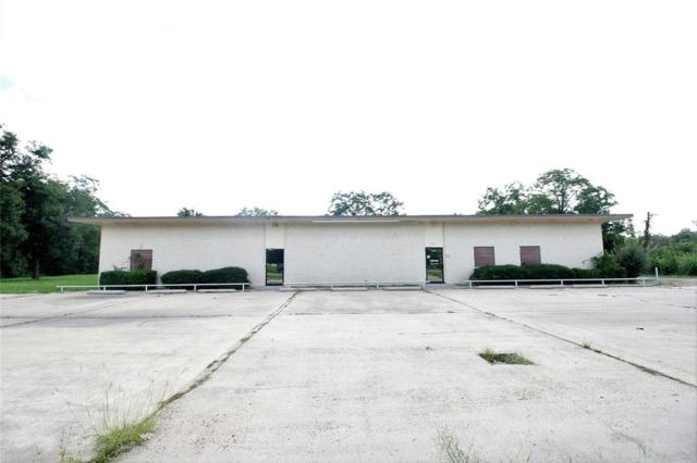 2918 N Richmond Road, Wharton, TX 77488 (MLS #78783609) :: Texas Home Shop Realty