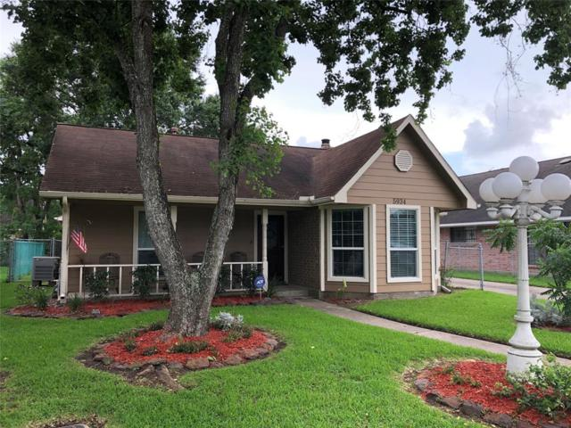 5934 Ray Drive, Pasadena, TX 77505 (MLS #78848384) :: Green Residential