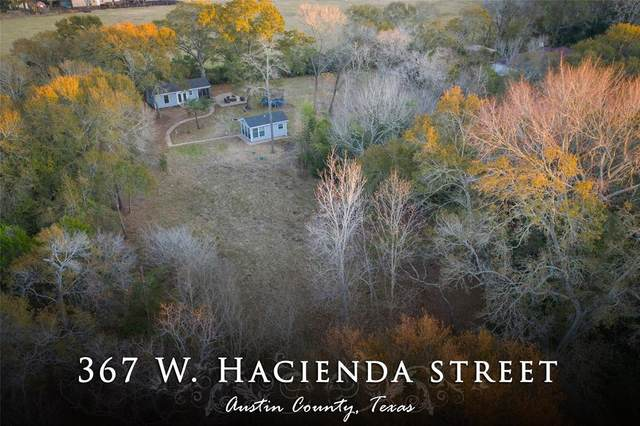 367 W Hacienda W Street W, Bellville, TX 77418 (MLS #78921300) :: Christy Buck Team