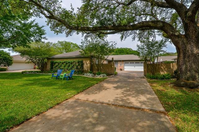 10018 Locke Lane, Houston, TX 77042 (MLS #78939153) :: The SOLD by George Team