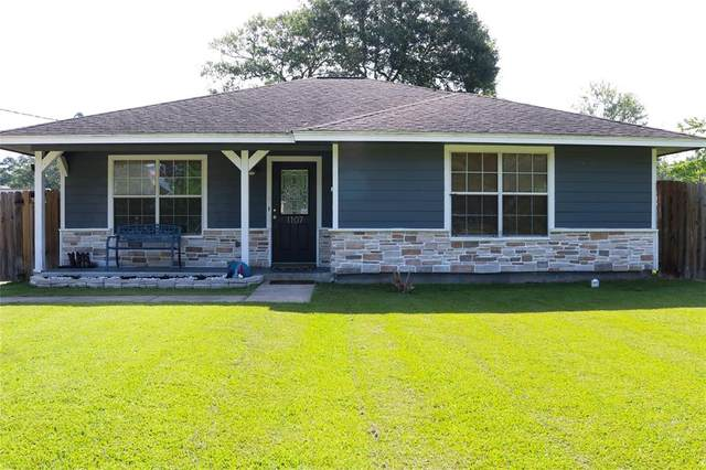 1107 Maple Avenue, Cleveland, TX 77327 (MLS #78954391) :: The Bly Team