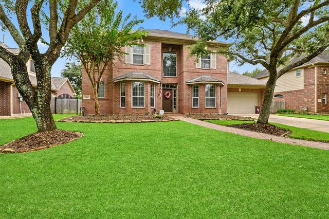 2911 Taylorcrest, Pearland, TX 77584 (MLS #79034518) :: The Freund Group