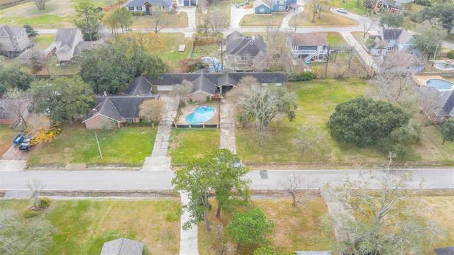 211 Shoreacres Boulevard, Shoreacres, TX 77571 (MLS #79064212) :: Connell Team with Better Homes and Gardens, Gary Greene