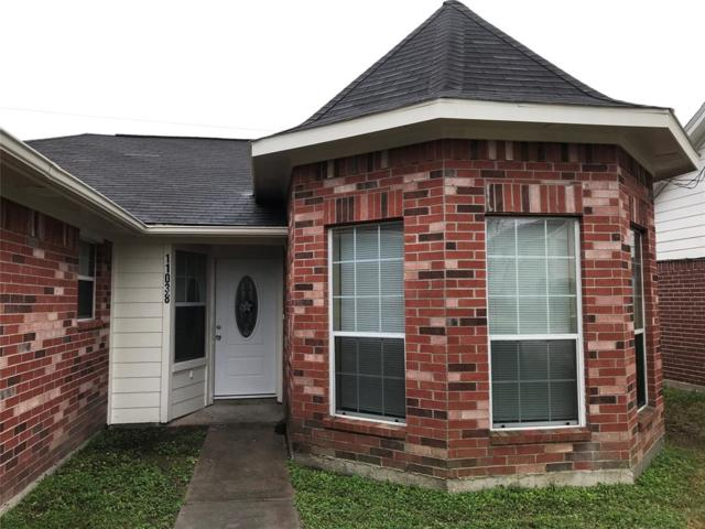 11038 Deaf Smith Street, La Porte, TX 77571 (MLS #79075170) :: The Bly Team