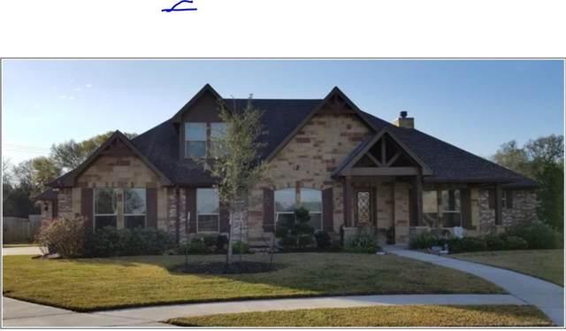 879 Spreading Oaks Drive, Angleton, TX 77515 (MLS #79080262) :: Christy Buck Team