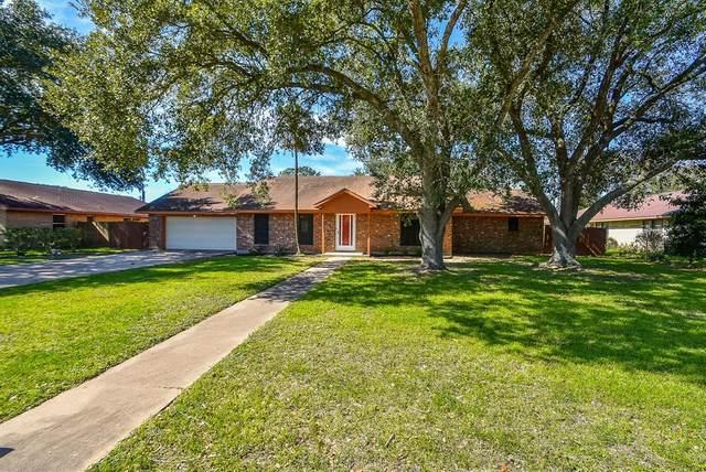 1725 6th Street, Hempstead, TX 77445 (MLS #79127184) :: Ellison Real Estate Team
