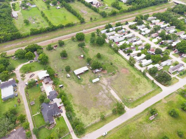 3132 Hatfield Road County Road 480, Pearland, TX 77584 (MLS #79287069) :: The Sansone Group