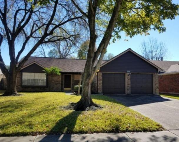 2207 Tall Ships Drive, Friendswood, TX 77546 (MLS #79308574) :: Grayson-Patton Team