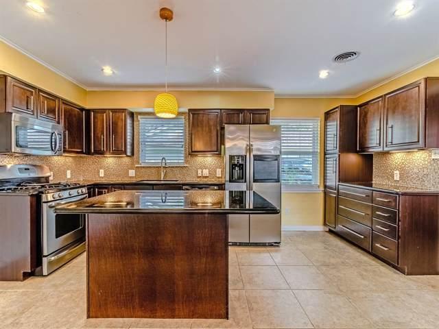 9403 Timberside Drive, Houston, TX 77025 (MLS #79437470) :: Green Residential