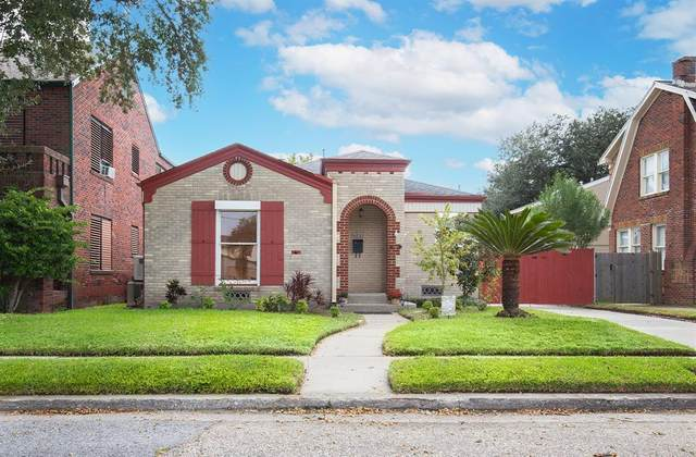 4823 Travis Drive, Galveston, TX 77551 (MLS #79475813) :: Michele Harmon Team