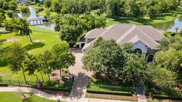 5 Waters Lake Boulevard, Missouri City, TX 77459 (MLS #79533879) :: The Sansone Group
