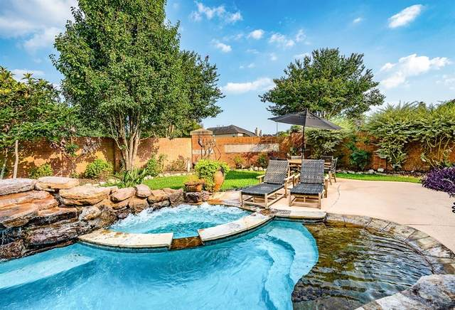 2411 Dry Bank Lane, Pearland, TX 77584 (MLS #79558158) :: The Freund Group