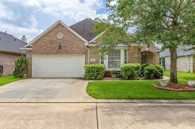 13645 Lakeside Place Drive, Willis, TX 77318 (MLS #79625538) :: The Parodi Team at Realty Associates