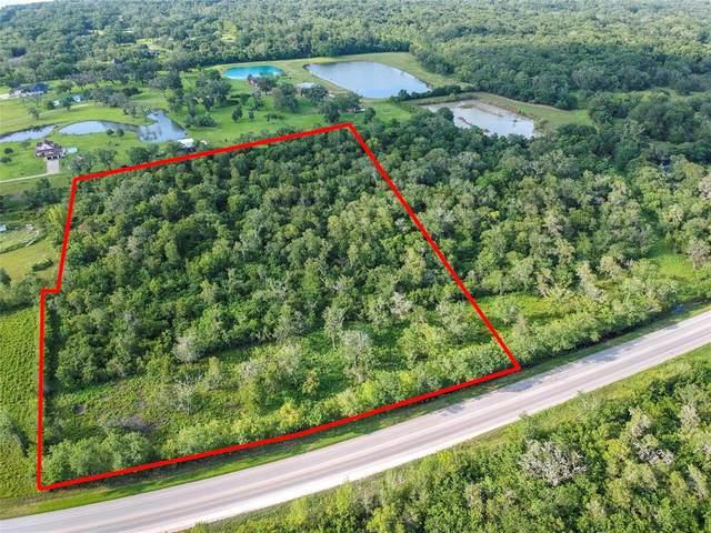 2100 Highway 332 W, Lake Jackson, TX 77566 (MLS #79684837) :: NewHomePrograms.com LLC