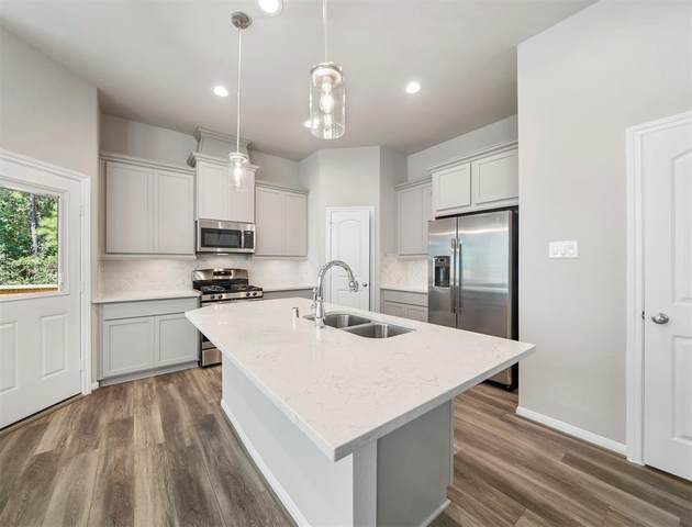 319 N Spotted Fern Drive, Montgomery, TX 77316 (MLS #79741162) :: Green Residential
