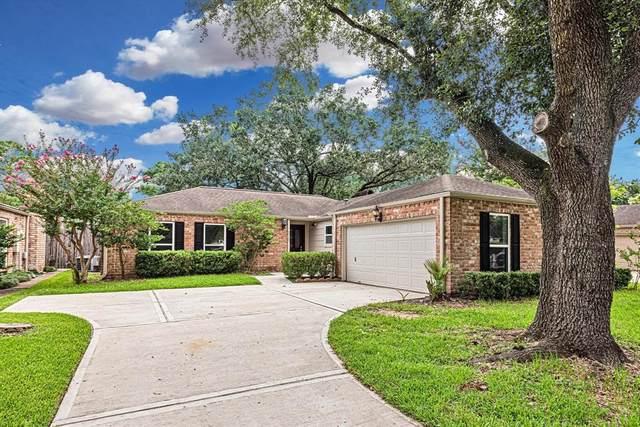 2123 Round Lake Drive, Houston, TX 77077 (MLS #79770364) :: Texas Home Shop Realty