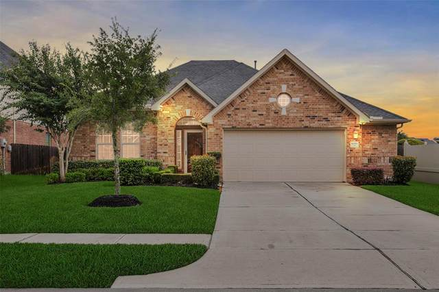 8019 Summer Night Lane, Rosenberg, TX 77469 (MLS #79779508) :: Homemax Properties