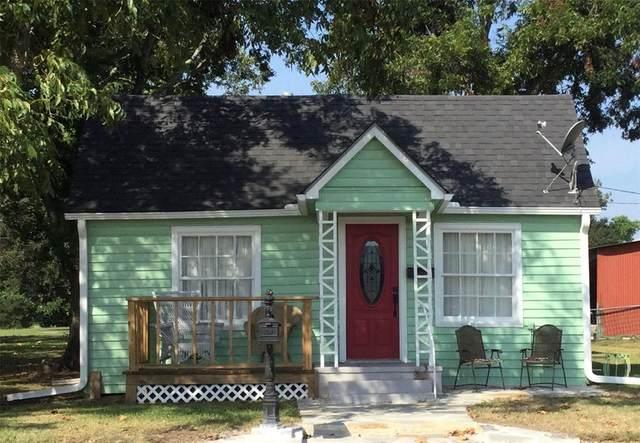 417 W Front Street, Sealy, TX 77474 (MLS #79815611) :: Caskey Realty