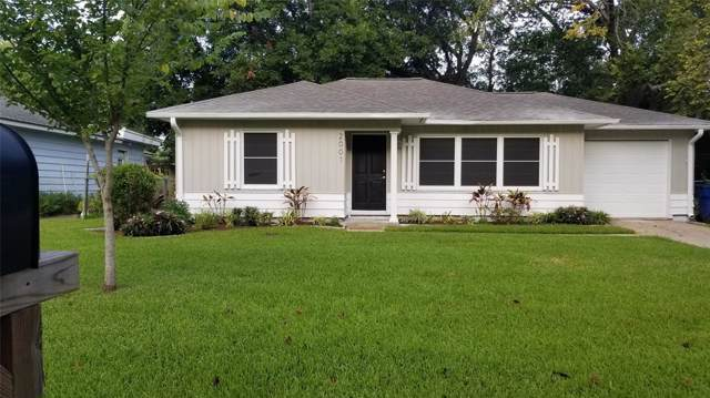 2001 N Tinsley Street, Angleton, TX 77515 (MLS #79859621) :: Connect Realty