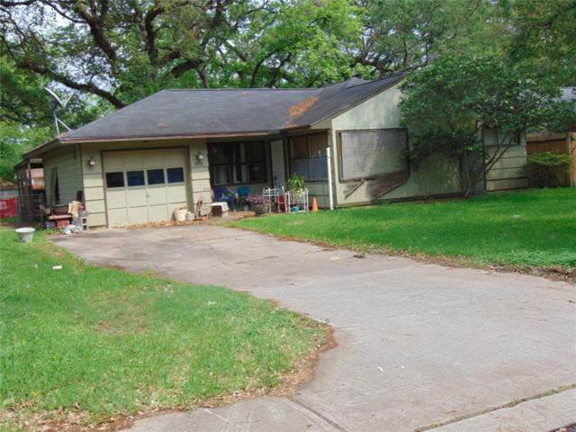 519 Gardenia Street, Lake Jackson, TX 77566 (MLS #79865323) :: The Home Branch