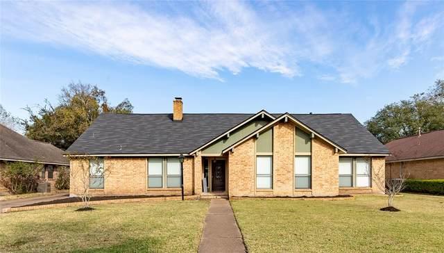 58 Raintree Court, Lake Jackson, TX 77566 (MLS #79879087) :: The Freund Group