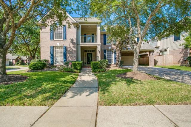 7915 Garden Bend, Sugar Land, TX 77479 (MLS #7990938) :: Team Sansone