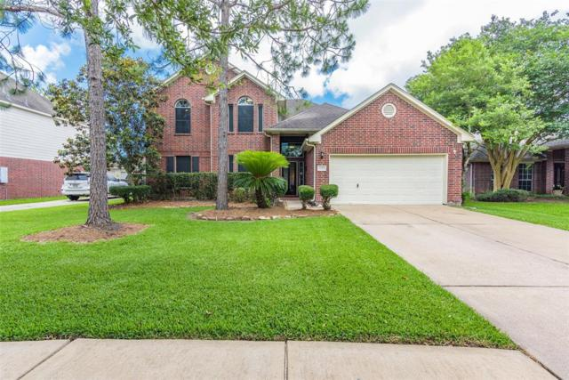 126 Crescent Bay Drive, League City, TX 77573 (MLS #80106370) :: The Queen Team