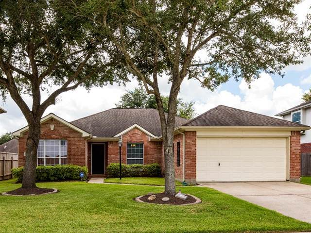 3102 Misty Isle Court, Dickinson, TX 77539 (MLS #80206181) :: The Freund Group