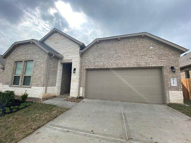 12189 Pearl Bay Court, Conroe, TX 77304 (MLS #80381126) :: NewHomePrograms.com LLC