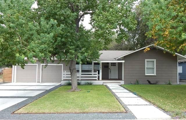 163 S Mesquite Avenue, New Braunfels, TX 78130 (MLS #80464713) :: Guevara Backman
